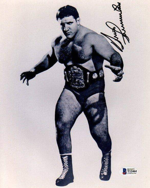 Bruno Sammartino Signed Posing 8x10 Photo