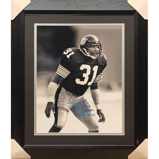 Donnie Shell Autographed B&W Ready 16x20 Photo with HOF 2020 - Professionally Framed Bevel