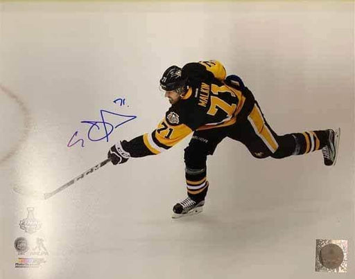 Evgeni Malkin Autographed Shooting During Stanley Cup 11x14 Photo - DAMAGED