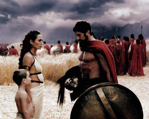 Gerard Butler 300 with Shield Unsigned 8x10 Photo