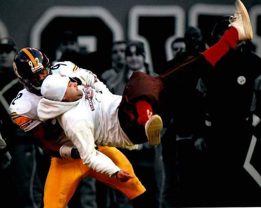 James Harrison Body Slam Against Browns Fan Spotlight Unsigned 8x10 Photo