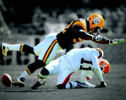 James Harrison Hitting Browns Player Spotlight Unsigned 8x10 Photo