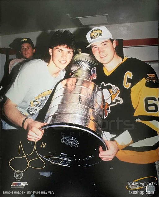 Jaromir Jagr Autographed Holding Cup with Mario Lemieux 16x20 Photo