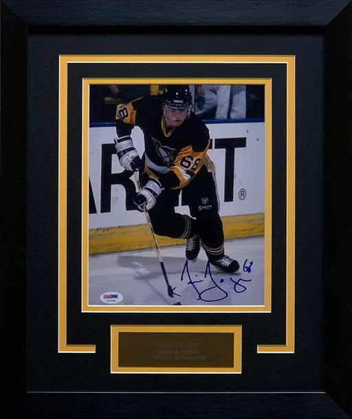 Jaromir Jagr Signed Skating in Black with Puck 8x10 Photo - Professionally Framed