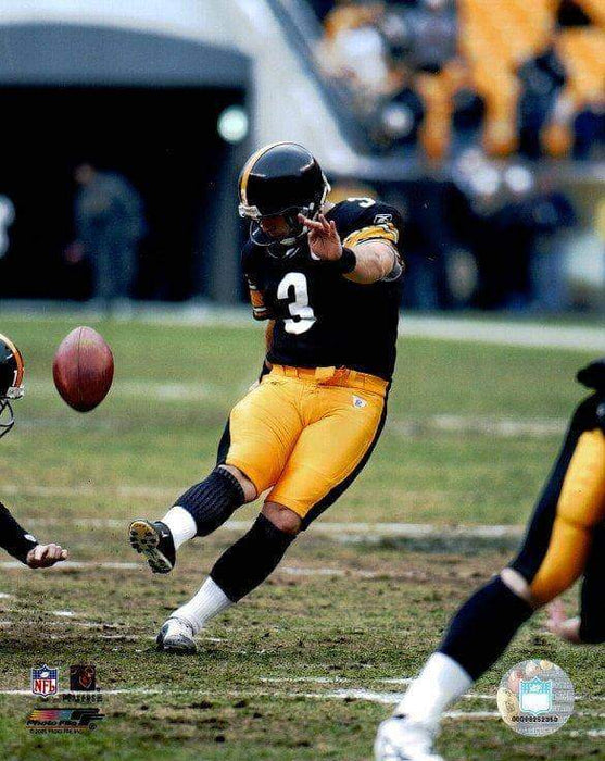 Jeff Reed Kicking Unsigned Licensed 8x10