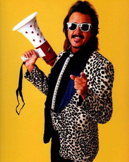 Jimmy Hart bull horn yellow background Unsigned 8x10