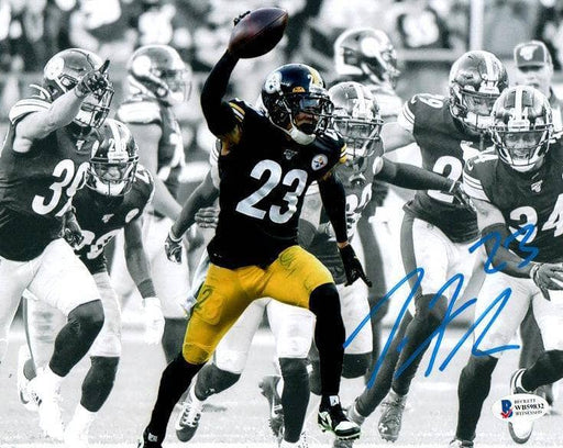 Joe Haden Signed Spotlight Arm Up 8x10 Photo