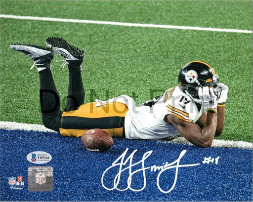 Juju Smith-Schuster Signed Goal Line Pose 8x10 Photo - DAMAGED