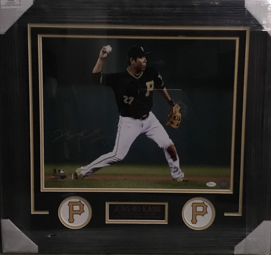 Jung-Ho Kang Throwing Ball in Black Jers. 16x20 Signed - Professionally Framed