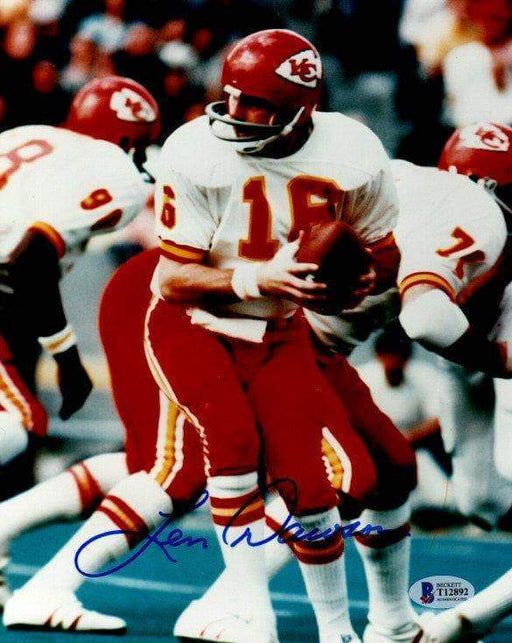 Len Dawson Autographed About to Handoff Turning Right 8x10 Photo
