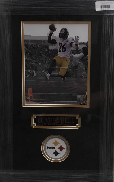 LeVeon Bell Touchdown Leap with White Jers. 8x10 Unsigned - Professionally Framed