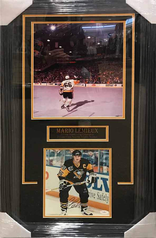 Mario Lemieiux 11x17 Waving to Crowd with Signed 8x10 in Black Stick Up Photo - Professionally Framed