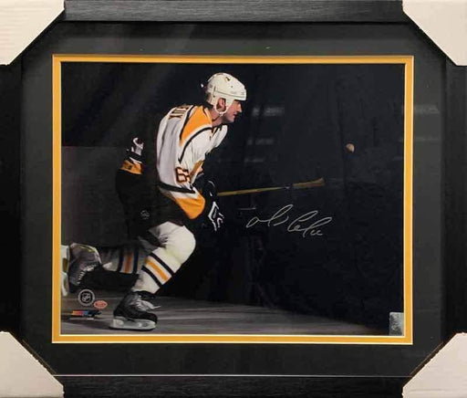Mario Lemieux Signed Spotlight Entrance 16x20 Photo - Professionally Framed