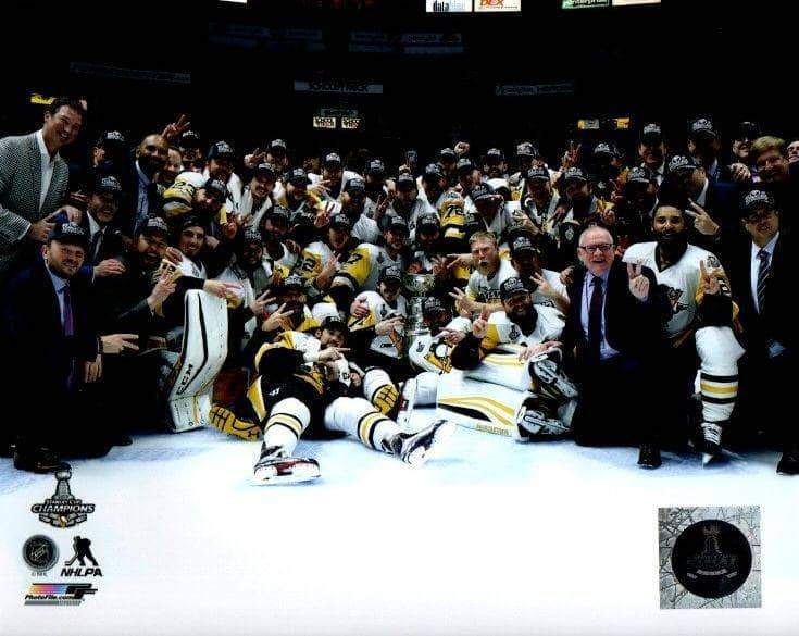 Penguins 2017 SC Champs Group Photo Unsigned Licensed 8x10