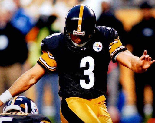 PRE-SALE: Jeff Reed Kicking in Black 8x10 Photo