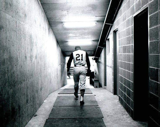 Roberto Clemente Walking Down Tunnel Unsigned 8x10 Photo