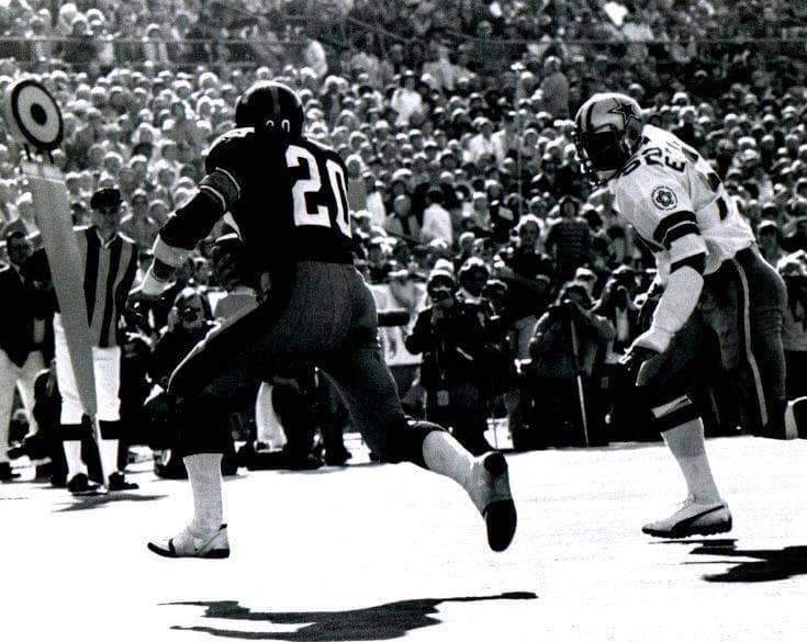 Rocky Bleier Black and White Running with the Ball (Back View) 8x10 Photo