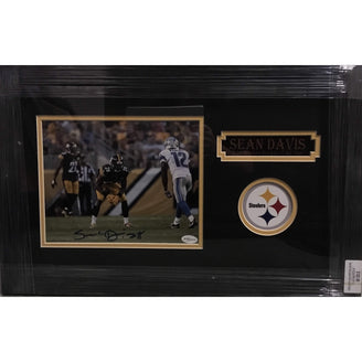 Sean Davis Playing against Detroit Lions 8x10 Signed - Professionally Framed
