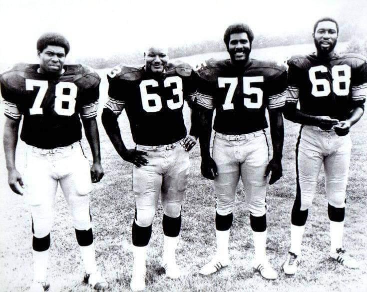 Steel Curtain Lined Up Unsigned 8x10 Photo