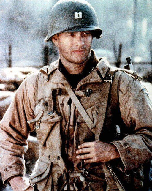 Tom Hanks Saving Private Ryan Unsigned 8x10 Photo