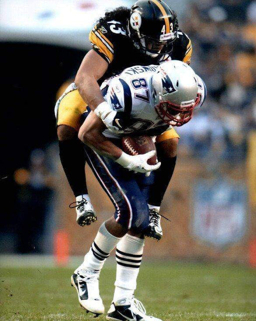 Troy Polamalu Tackling Gronk Unsigned 8x10 Photo