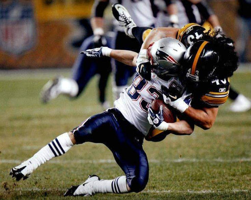 Troy Polamalu Tackling Patriot Unsigned 8x10 Photo