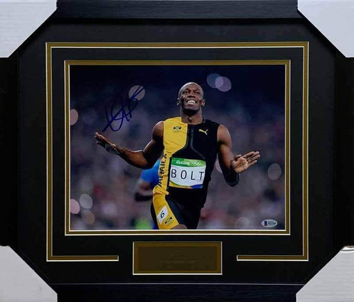 Usain Bolt Autographed 11x14 Arms Out - Professionally Framed