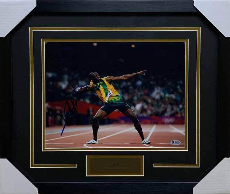 Usain Bolt Autographed 11x14 Double Point (Black Mat) - Professionally Framed