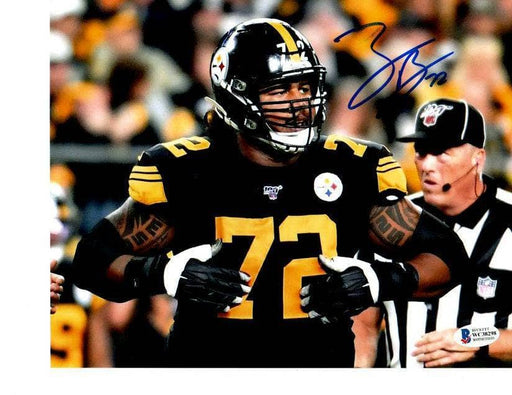 Zach Banner Signed Hands on Chest 8x10 Photo