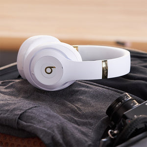 Beats Studio3 Wireless Bluetooth Earphones (Master Copy)