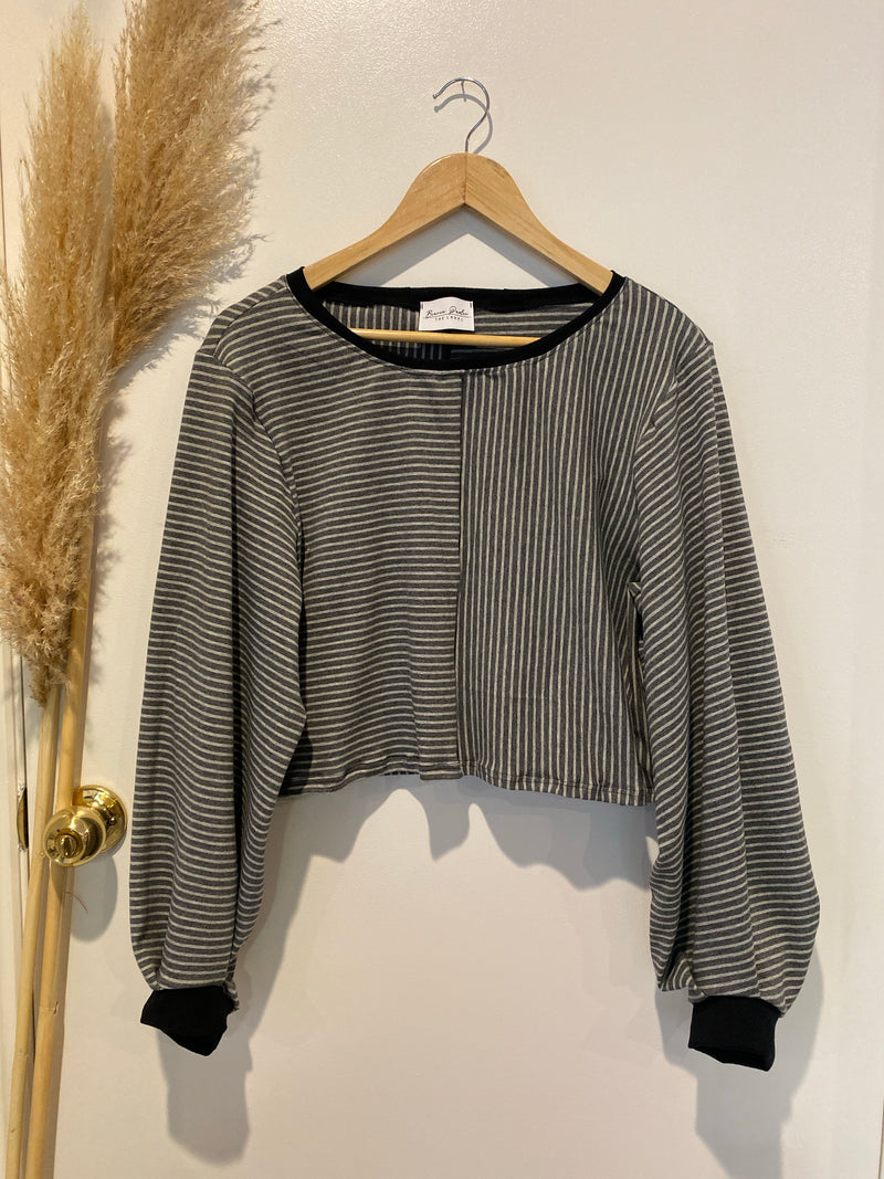 Crop Isla Knit Sweater - Charcoal