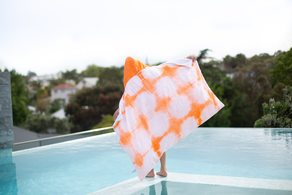 Hooded towel - Medium (7 - 11 yrs)
