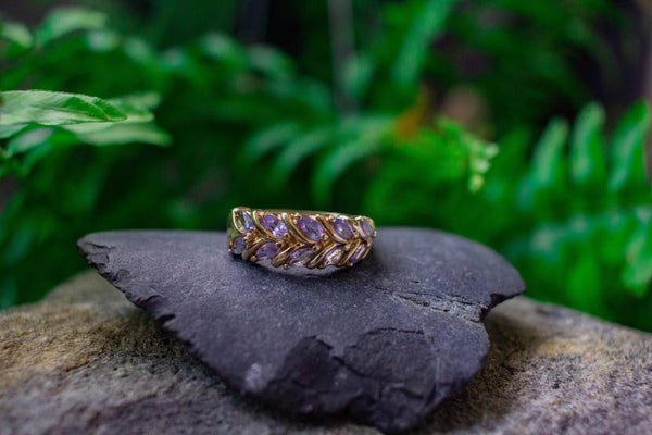 VINTAGE 10 MARQUISE AMETHYST GOLD RING