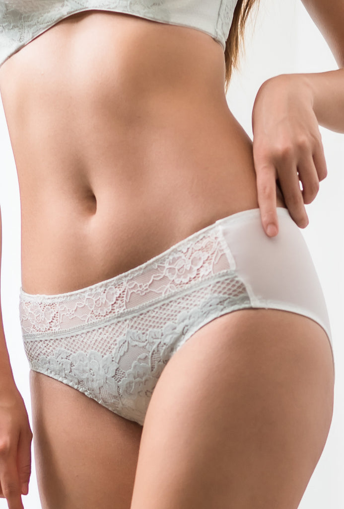 Enhanced Lace Brief 包臀小褲 - BRAOLOGIE
