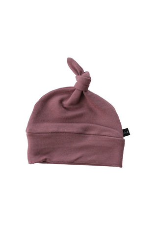 Mauve knotted beanie
