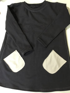 Dyo sweatshirtndress with pockets
