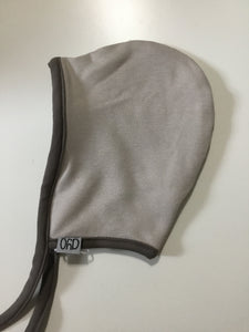 Dyo reversible bonnet