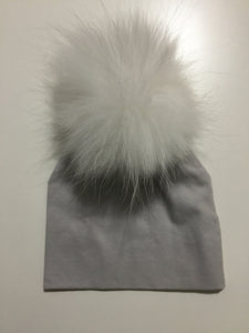 Maniere light grey pom pom hat