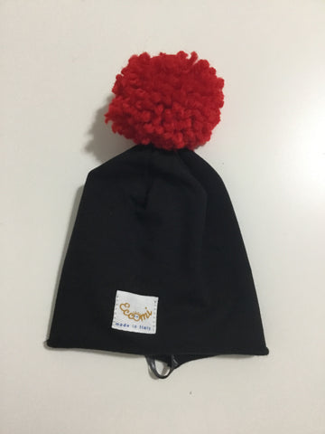 Eccomi black beanie with red pom pom
