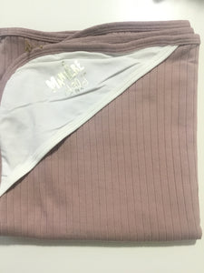 Maniere blush ribbed blanket