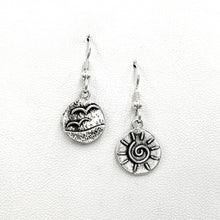 Load image into Gallery viewer, Seaside Treasure Earrings