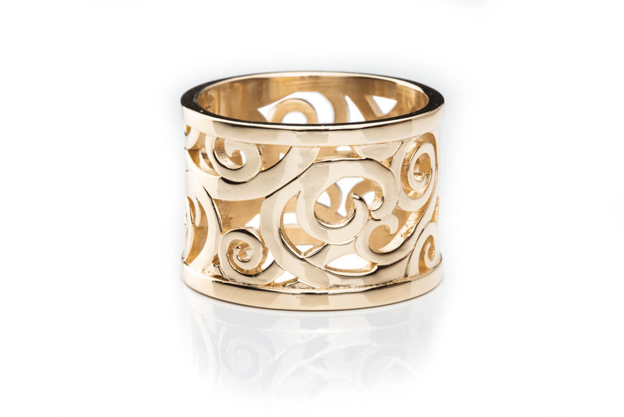 14K Gold Currents Ring