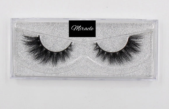 FEMME Mink Strip Lashes : Miracle