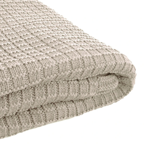 Tanami Throw Stone
