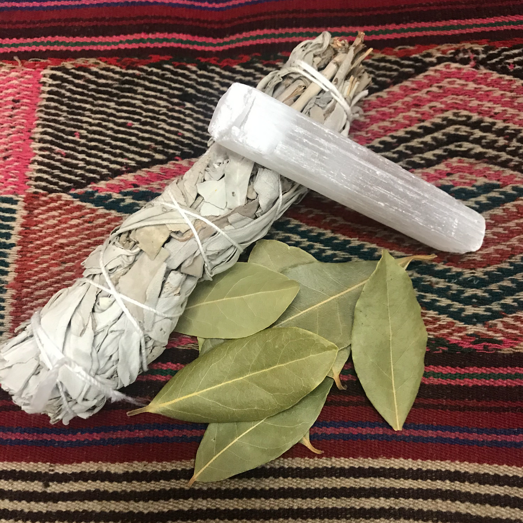 Bay Leaf, Sage, & Selenite Magic Kit