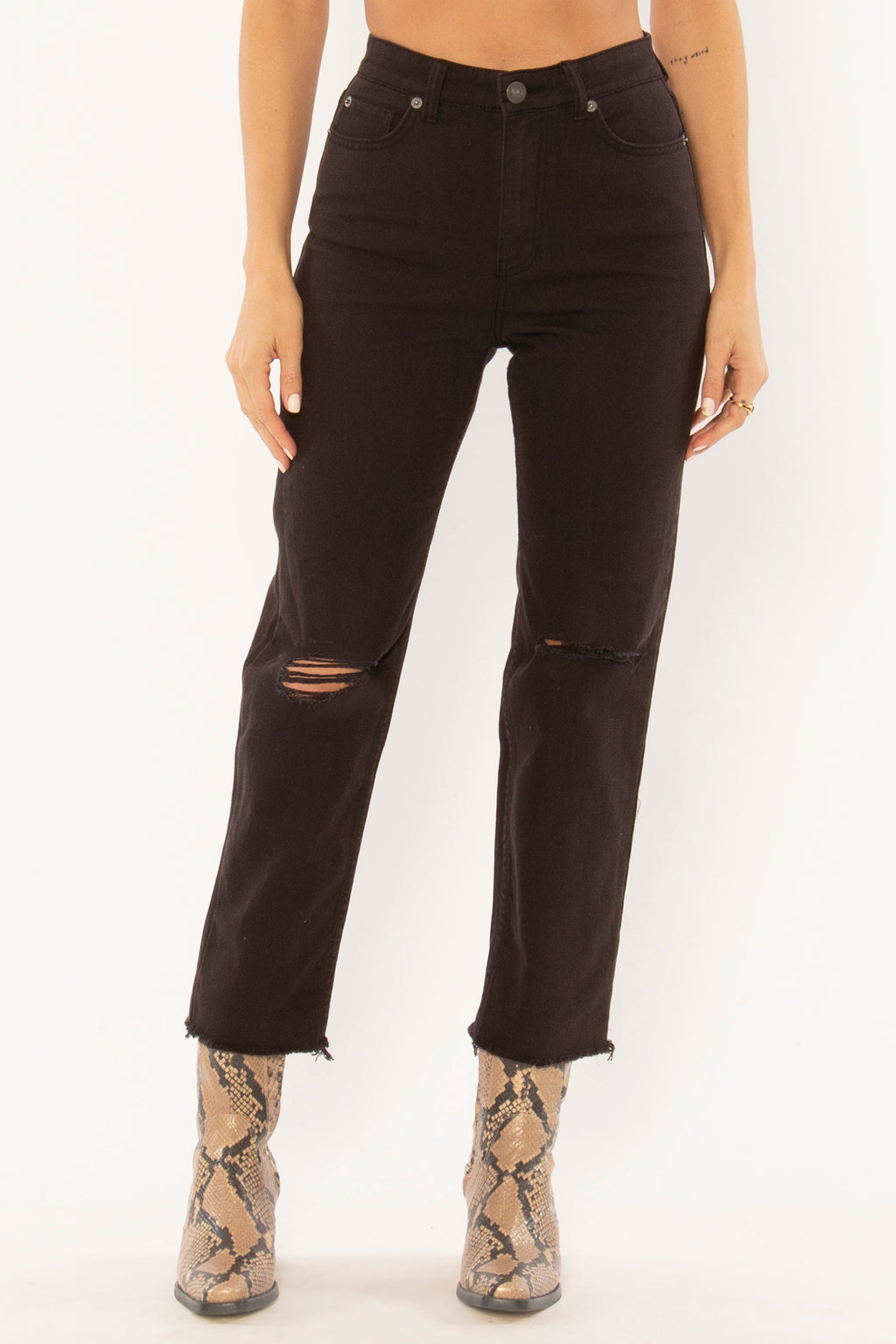 Selena Cropped Mom Jeans - Dalton Boutique