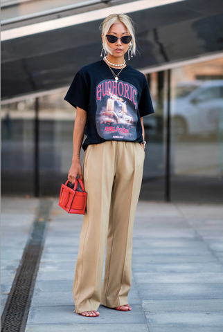 5 Ways To Be More Stylish Wearing Graphic T-Shirts