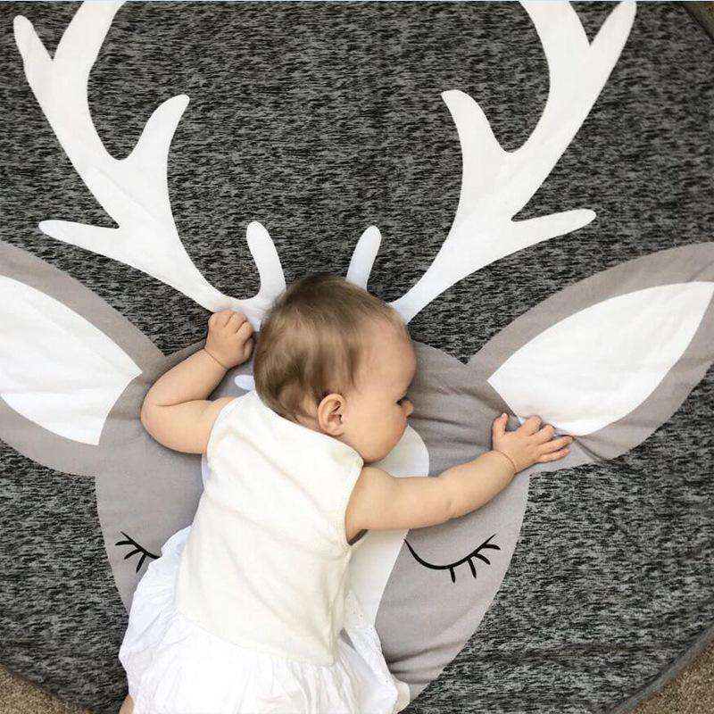 Elk Deer Print Collapsible Creeping Carpet Washable Blanket for Kids