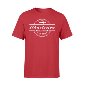 Charleston SC Souvenir With A Vintage Style Shark Design T-Shirt