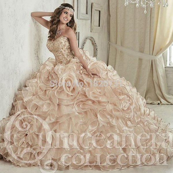 Luxurious Champagne Embroidery Crystals Ball Gown Quinceanera Dresses Floor-Length Vestidos De 15 Anos Sweet 16 Dresses